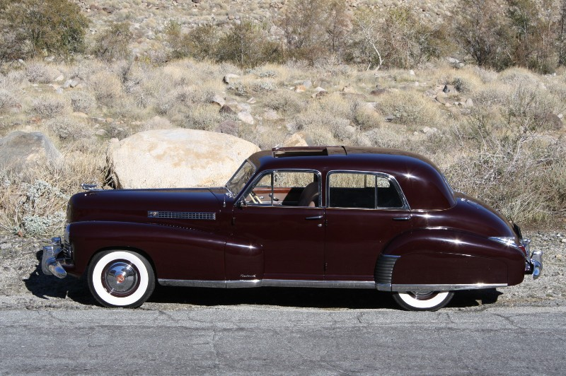 1941 Cadillac 60 Special with factory Sunshine Roof – Sunroof! |