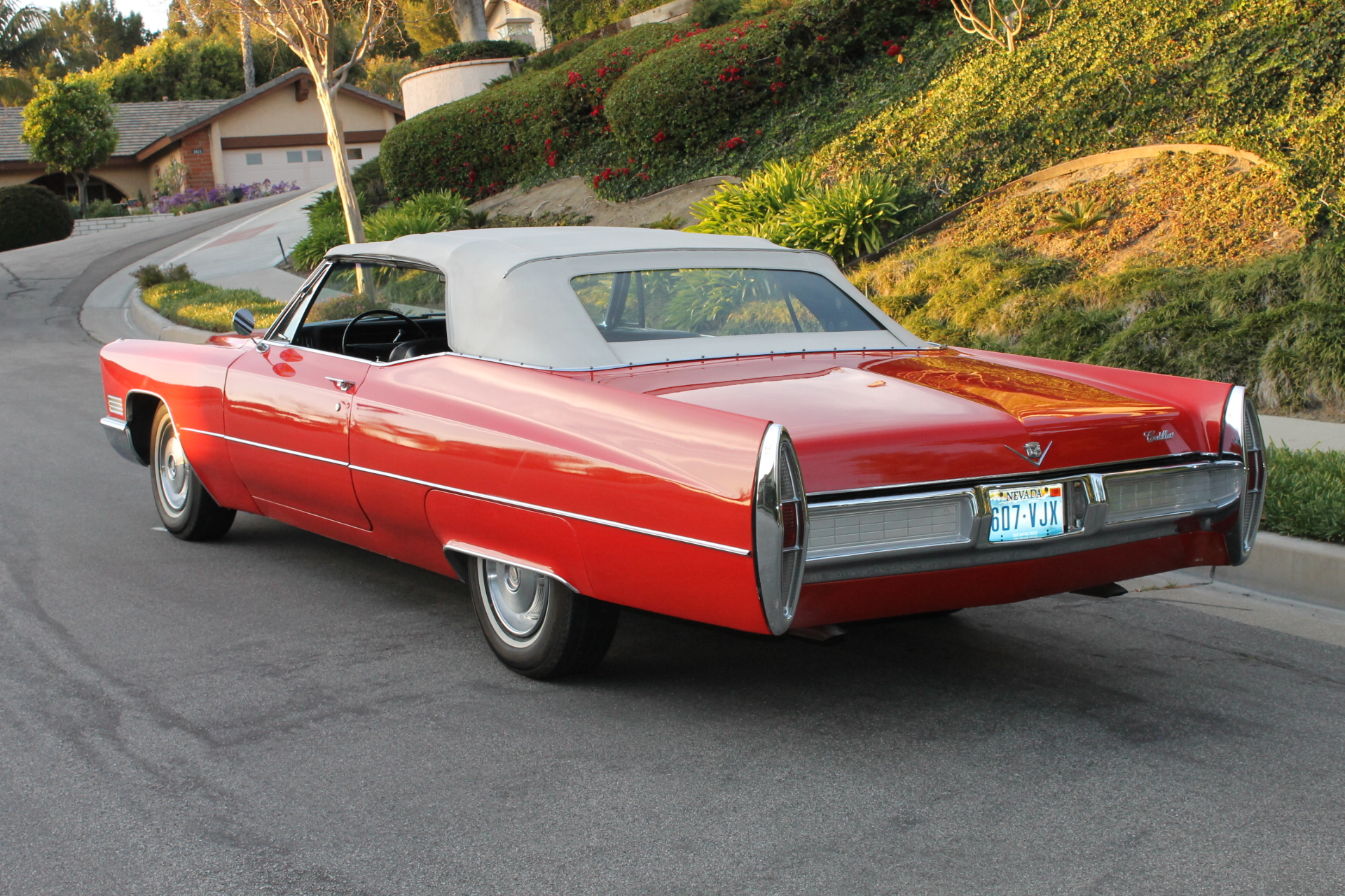1967 cadillac convertible the vault classic cars. Black Bedroom Furniture Sets. Home Design Ideas