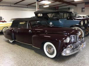 1947 Lincoln Continental Cabriolet. Multi, Multi national trophy winner CCCA and LCOC. V-12, Maroon. Looks like a new car! COMING SOON.