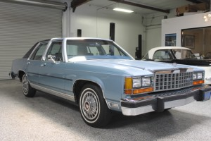1985 Ford Crown Victoria, 1 owner, 45k original miles! Looks almost new! Loaded, Cold A/C, 5.0 Liter V-8 Fuel Injected. Documents, window sticker, Current CA smog, maintenance receipts. $5,995