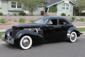 1937 Cord 812 Supercharged Custom Beverly Sedan - ACD Category 1 certified ! Rebuilt transmission, runs & drives great!