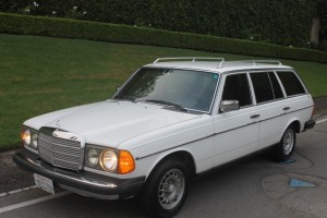 1980 Mercedes Benz 300 TD Wagon. Time Capsule original and gorgeous! 3 owner western car, excellent mainenance. Cold AC, California SMOG EXEMPT!