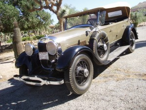 1928 Lincoln Touring, body by Locke. AACA first & senior 1983, multiple Rose parade participant. Coming Soon!