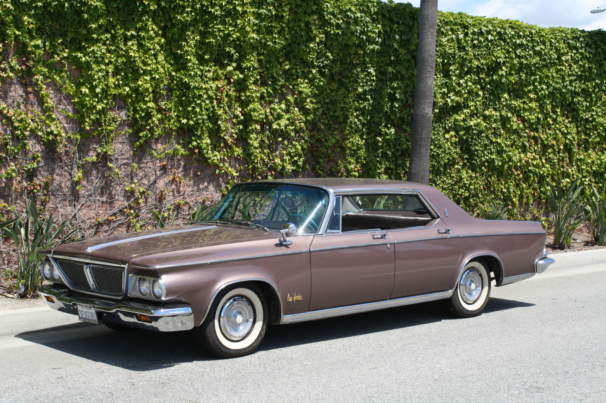 1964 Chrysler New Yorker 4 Door Hardtop